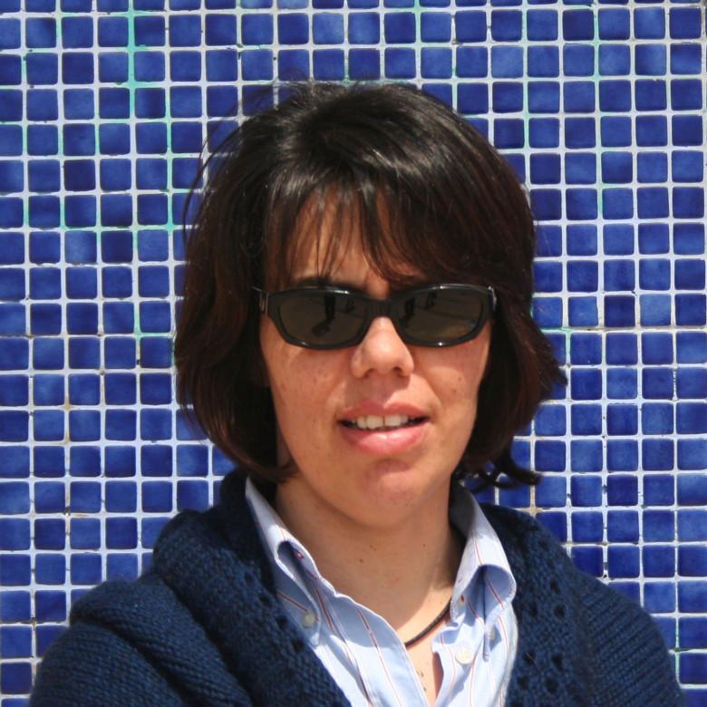 Maria-Luis-Fundo-Azul-1500x1500